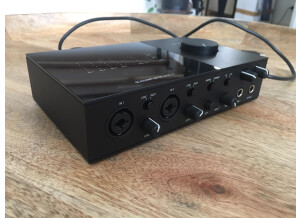Komplete-audio