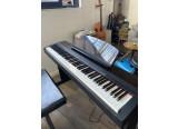 Vends Piano numérique Portable YAMAHA P140