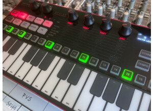 UNO Synth Pro_2tof Desk06.JPEG
