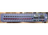 Console analogique AMS-Neve 8816 en très bon état dans sa boite d'origine avec ses 5 cables d-sub