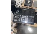 Maschine Studio et Komplete Kontrol s25 MKI contre Push 2