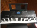 Clavier Yamaha PSR E463