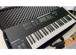 Native Instruments Komplete Kontrol S49 mk2 (78256)
