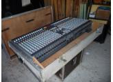 Vends console de mixage Allen & Heath GL 2200 / 32