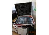 Vends table de mixage :ALLEN & HEATH FX 12 non amplifiée