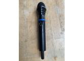micro AKG D3700 WL