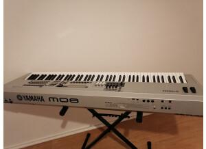 Yamaha MO8