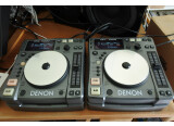 2 platines CD Denon DN-S 1000 en parfait état de marche