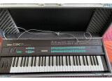 DX7 YAMAHA + 10 cartouches + Case Thon + 600 voices for DX7