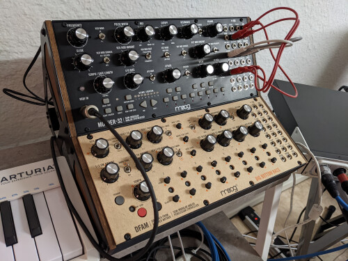 Moog Music DFAM (Drummer From Another Mother) (64989)