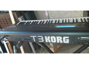 Korg T3