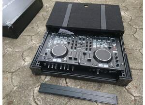 Denon DJ DN-MC6000 (50034)