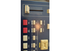 Akai Professional MPC2000XL MCD version (95713)