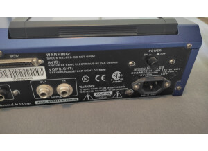 Akai Professional MPC2000XL MCD version (86538)
