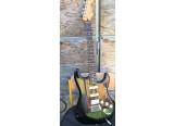 Guitare électrique FENDER STRATOCASTER