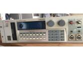 Akai S1100 MIDI Stereo Digital Sampler