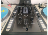 Vends Traktor kontrol z2 - Native Instruments - table de mixage 2 voies