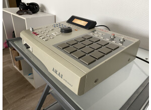 Akai Professional MPC2000XL (66587)