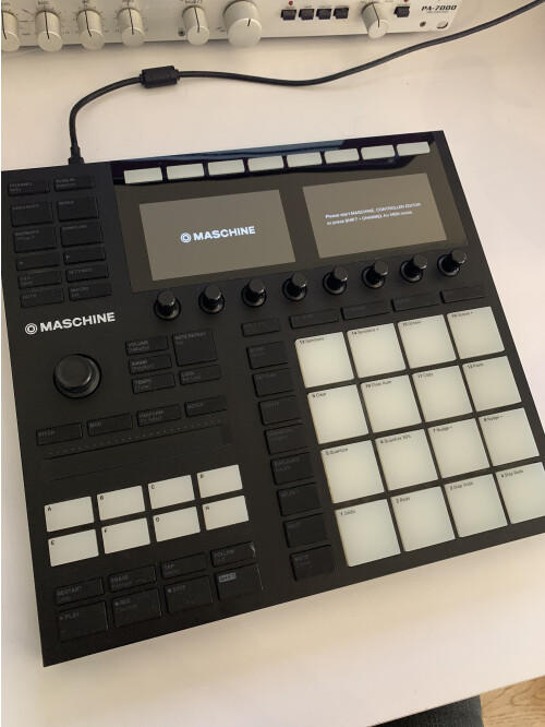 Native Instruments Maschine mk3 (51637)