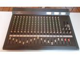 Vends table de mixage 16 voies yamaha MC 1602