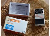 Vends accordeur Boss TU-3