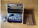 Korg Volca Keys + Modular (avec mod. midi) + stand