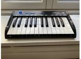 Vends clavier maître MIDI 25 touches de la marque Miditech