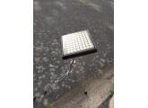 Launchpad Mk1 + housse + stand/support sur pied pour live ou studio
