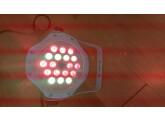 Vends 4 projecteurs à leds utilisable à l'intérieur comme extérieur