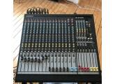 A SAISIR RAPIDEMENT - Table de mixage Allen&Heath GL2400