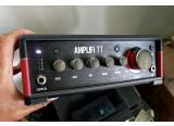 Line 6 Amplifi TT (pour jouer de la guitare chez soi sur une chaine HIFI)