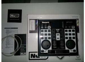 Numark NuVJ (66997)