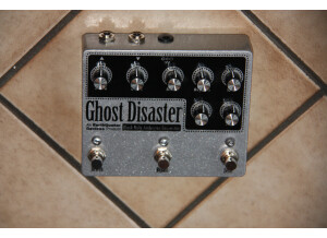 EarthQuaker Devices Ghost Disaster