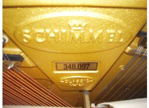 Schimmel C 124 Tradition