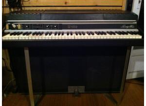 Rhodes Mark II Suitcase 73 (26946)