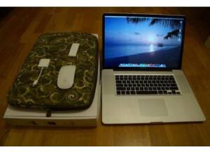 Apple MacBook Pro 13.3/ 2.26/ 2 GB/160 (40841)