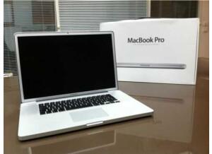 Apple MacBook Pro 13.3/ 2.26/ 2 GB/160 (89385)