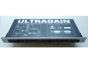 Behringer Ultragain MIC2000