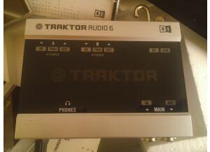 Native Instruments Traktor Scratch Duo 2 (72478)