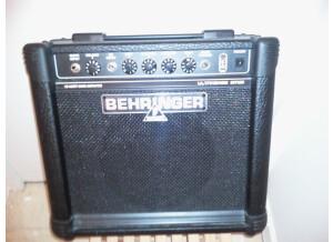 Behringer Ultrabass BT108 (8011)