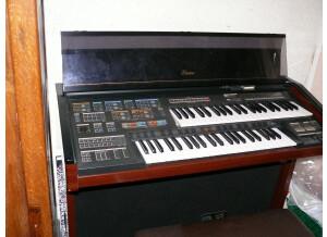 Yamaha Electone MC600