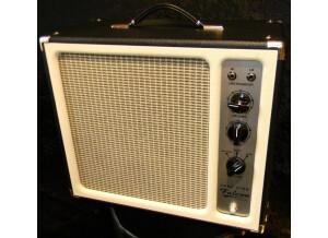 Tone King Falcon (41984)
