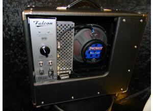 Tone King Falcon (42056)