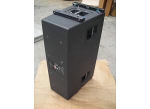 JBL VT4888