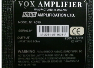 Vox AC 15 MADE IN ENGLAND (anciènne version) 7924