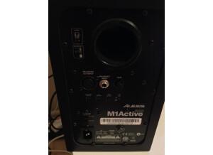 Alesis M1Active 520 (34923)
