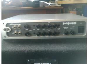 Ampeg PB800