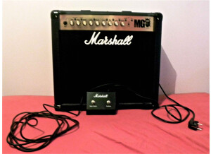 Fender blackout edition