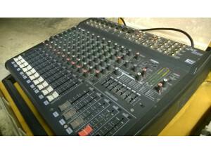 Yamaha EMX2000 (12131)