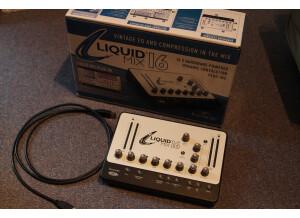 Focusrite Liquid Mix 16 (61252)